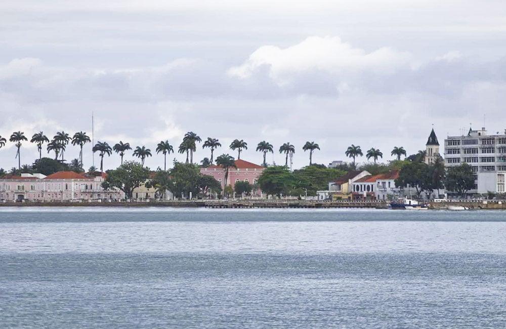 Conheça São Tomé e Príncipe